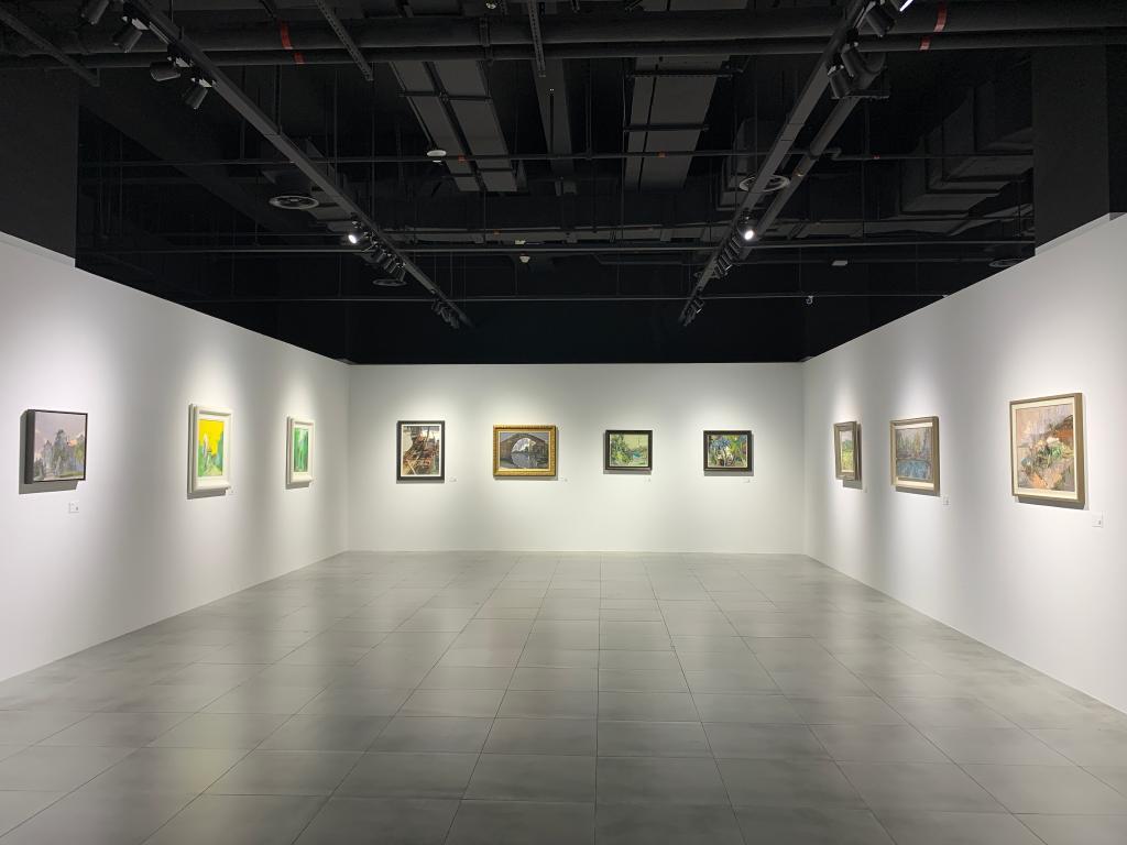 江苏油画名家写生作品展在苏州开幕
